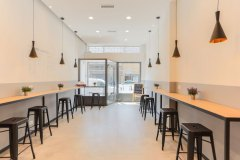 interior design luci e bancone sala ristorante